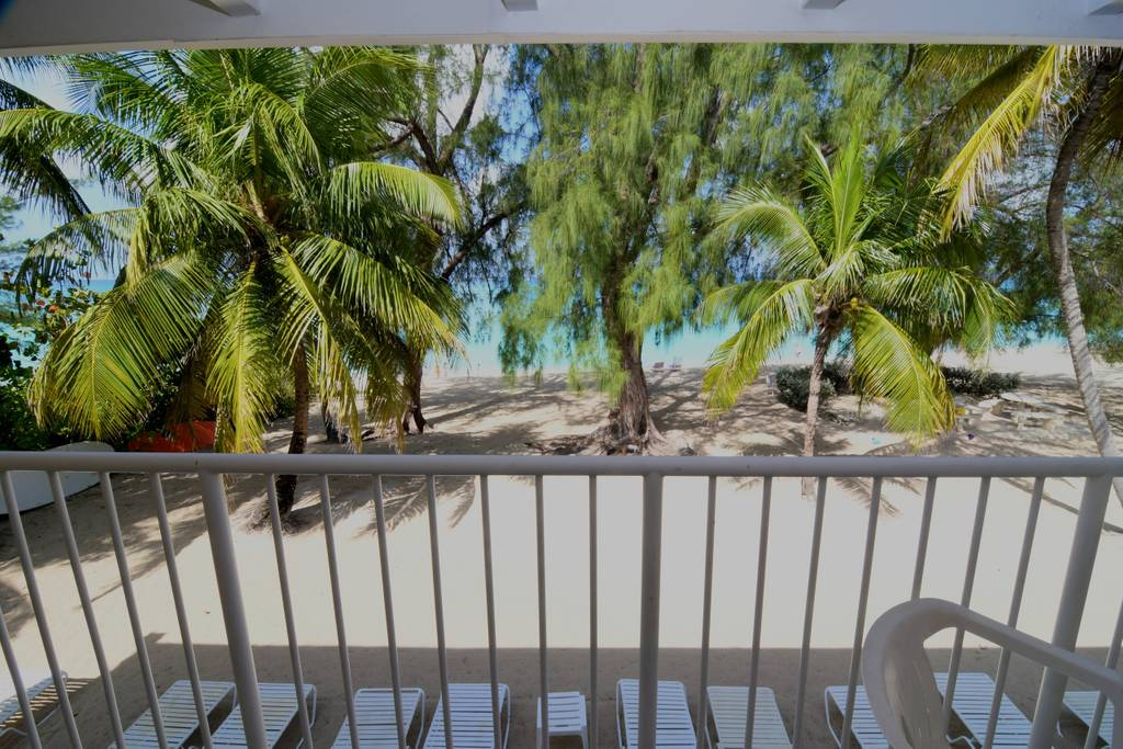 WHITE SANDS CONDO FOR RENT GRAND CAYMAN