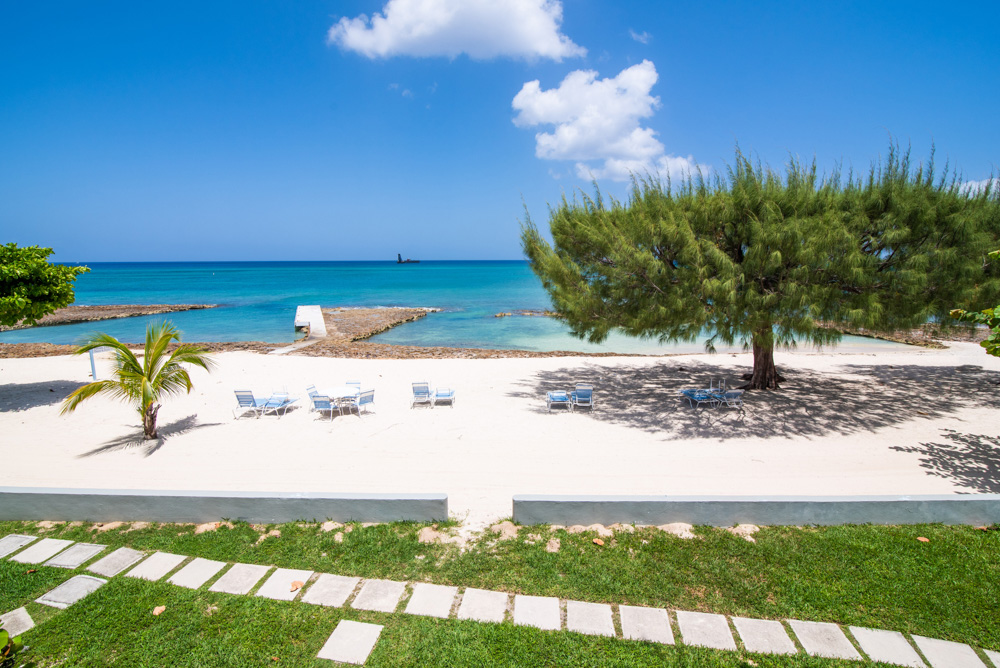 Apartment For Rent Grand Cayman